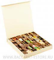 MOON QUATRO - подарочный шоколадный набор конфет ручной работы