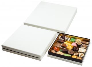 SNOW QUATRO  набор из из шоколада ручной работы Baccarat